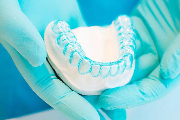 Diş Protezi Nedir ? Diş Protez Çeşitleri Nelerdir ?